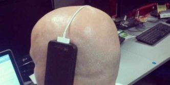 40 Funny Pics of People Who Took Laziness To The Extreme Level