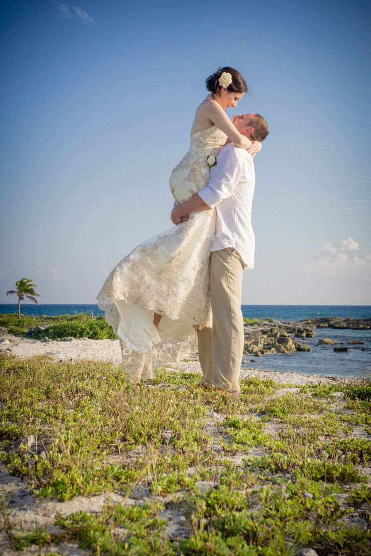 Your wedding bags for a grand getaway today s destination wedding - Experts In Planning Stress Free Destination Weddings Honeymoons And Luxury Getaways For You And Your Guests It S Destination Wedding Planning Made Easy