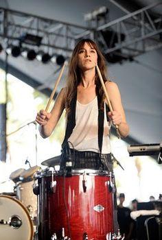 Charlotte is sliding and slaying the drums...  #CharlotteGainsbourg #Drums #Rockers #Dister #VHS #PAL #TVE #Spain #Ebro #EuropeanUnion #Rosbif #Diplomats #Diplomacy #Lententecordiale #Music #RedAlert #Violence #EMU #Eurozone #Virgin #RichardBranson #Lejonet #Jungfrun #Skorpionen #Skytten #Stenbocken #Kraftan #Växjö #BritishEnglish #Astrology #Lodjur #StefanLöfven #MitsubishiCarisma #Veedol #Slugs #Renault #Hockey #Motorsports #SHL #Besökarna #JoakimErsgård #Arthouse #Tekken #Leo #Gainsbourg…