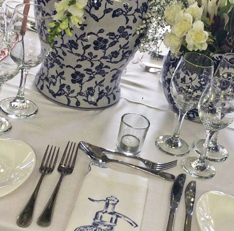 Hire all you need for this gorgeous table décor from XL Events.
