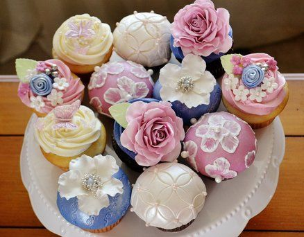 Stunning!: Decor Cupcakes, Cupcakes Wife, Floral Cupcakes, Style Cupcakes, 24 Cupcakes, Cakes Decor, Birthday Cupcakes, Cakesdecor Com, Cupcakes Rosa-Choqu