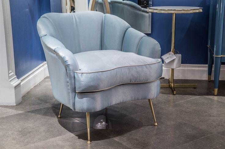 Кресло Galimberti Nino Camelia 15064 #galimbertinino, #furniture, #мебель из италии, #кресло