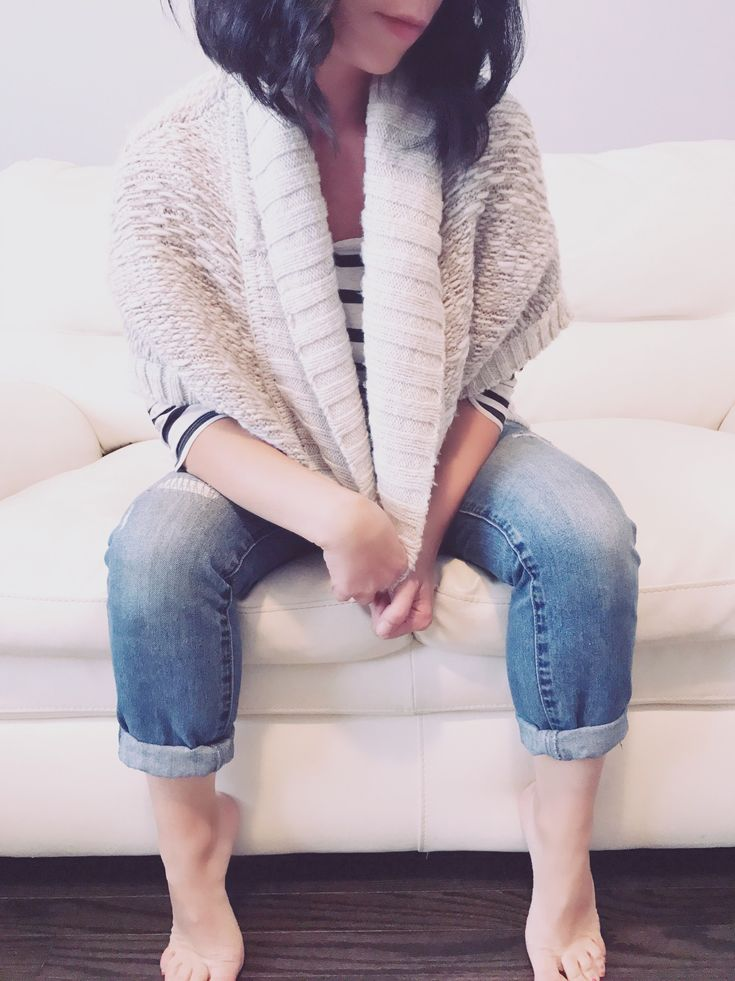 Chunky Knit Cardigans - women's fashion- fall fashion - Sweaters - casual outfits- outfit ideas - mom style - distressed denim - shop fall fashion
