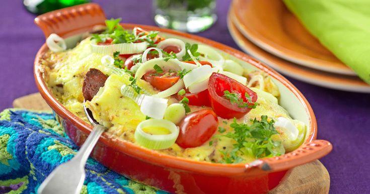 Potatisgratäng med kryddig korv