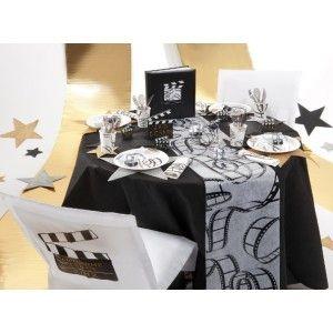 Nappe noire ronde intissé opaque 2m40, déco de table festive, anniversaire, mariage fêtes