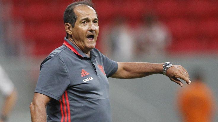 De vexames no primeiro semestre a briga pelo título do Brasileirão; o ano do Flamengo em 2016 - http://anoticiadodia.com/de-vexames-no-primeiro-semestre-a-briga-pelo-titulo-do-brasileirao-o-ano-do-flamengo-em-2016/