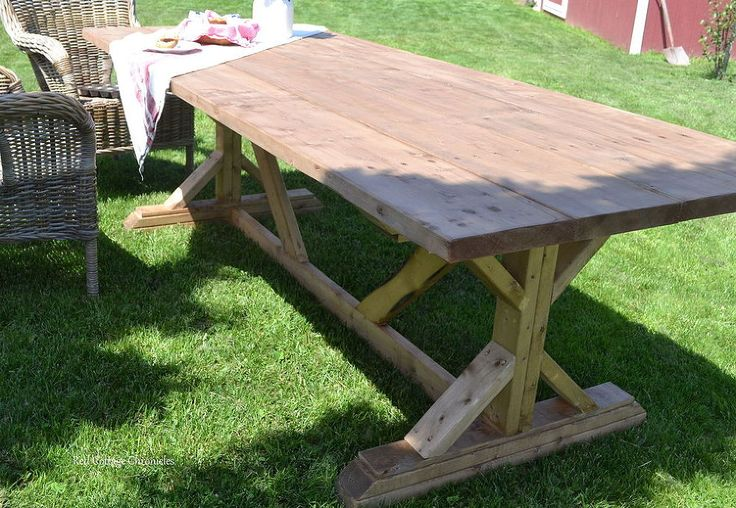 Hometalk :: Outdoor Harvest Table