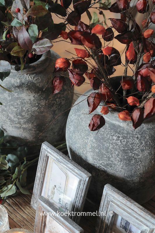 kruiken van vergrijsd aardewerk
