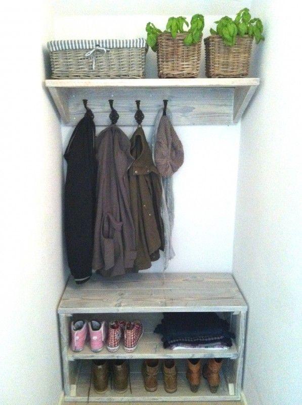 steigerhout garderobe