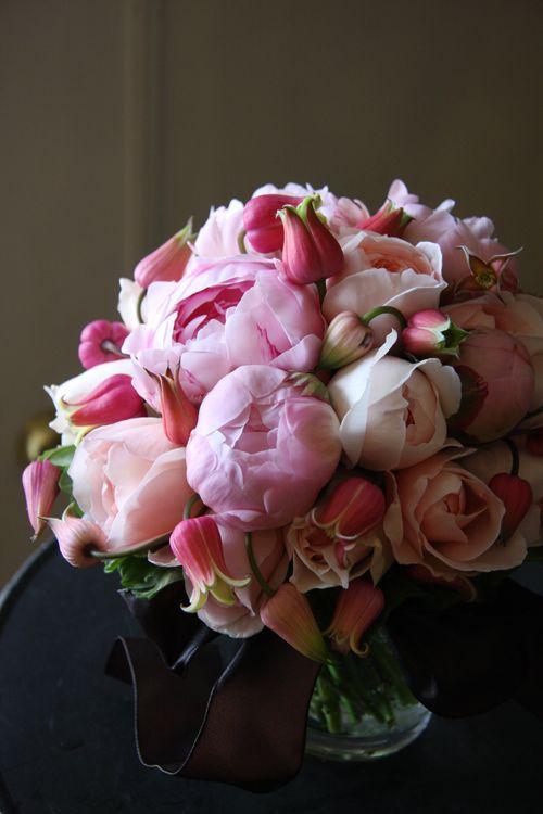 Flowerona - an inspirational blog about flowers