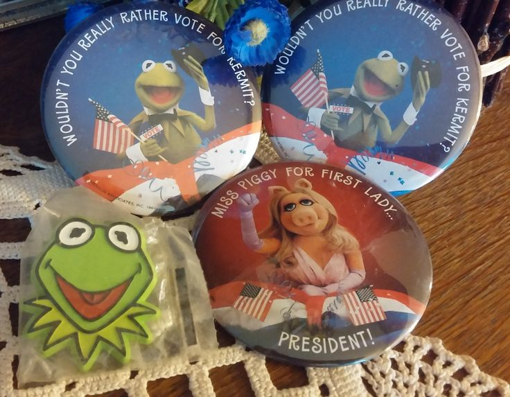 Kermit  Presidential Election Vote Kermit  Miss Piggy First Lady Jim Henson The Muppets by CalliCatVintage on Etsy