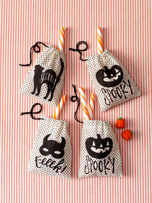 Dress up your Halloween candy with Martha Stewart Crafts burlap treat bags #marthastewartcrafts: Halloween Treat Bags, Idea, Burlap Treat, Martha Stewart Crafts, Halloween Treats, Animal Masquerade, Masquerade Burlap, Masquerades