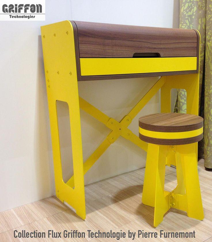 Bureau , Collection FLUX, Marque Griffon Technologies, design by Pierre Furnemont design Studio #Bureau #Desk #noyer #walnut