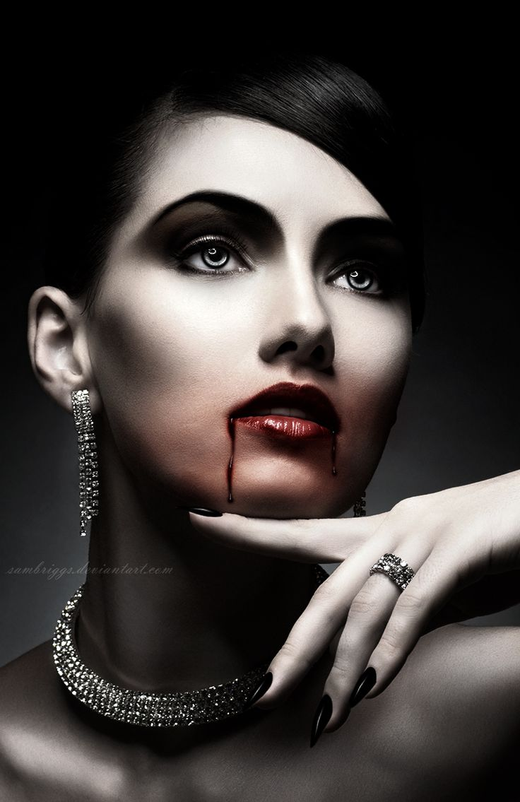 Dark Vampire Beauty