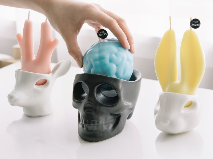 Fun and Unique Candles with 5 different Scents in your every daily life.
