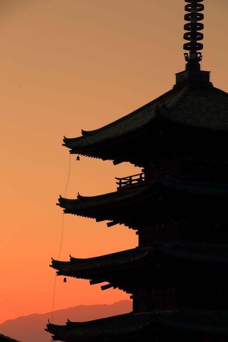 高画質 写真 八坂の塔 夕焼け
