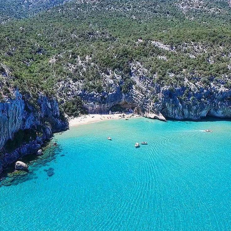 Sardegna-Barbagia_Ogliastra la foto della splendida spiaggia di ZiuSantoru (Dorgali)