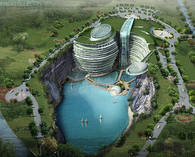 Incrustado em uma pedreira abandonada na China, em Xangai. Songjiang Hotel. projeto do escritório Atkins