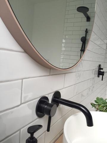 wall mounted carbon mixer