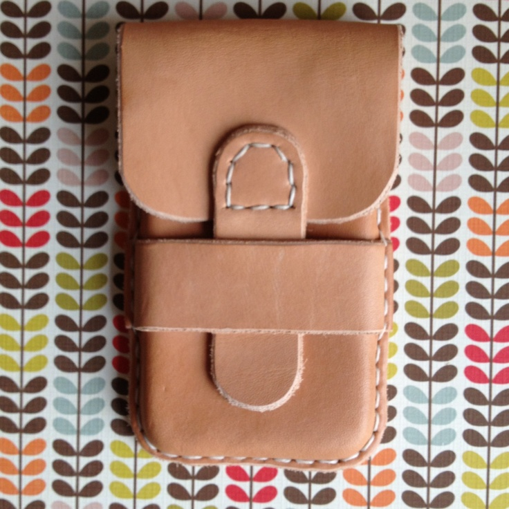 IPhone 4 leather purse by lenerix on Etsy, kr300.00