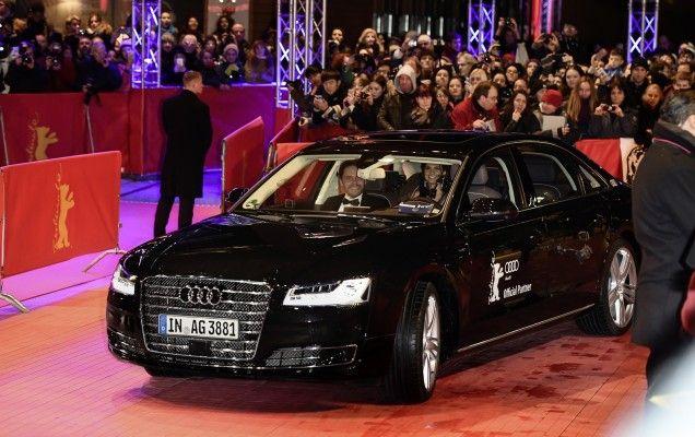 Audi A8L echipat cu motorul W12 și cu un sistem de conducere autonomă. - http://tuku.ro/audi-a8l-echipat-cu-motorul-w12-si-cu-un-sistem-de-conducere-autonoma/