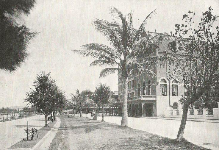 Esplanade, Durban, showing Marine Hotel. ca. 1920