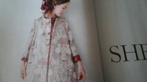 Precioso abrigo, en Vogue bambini
