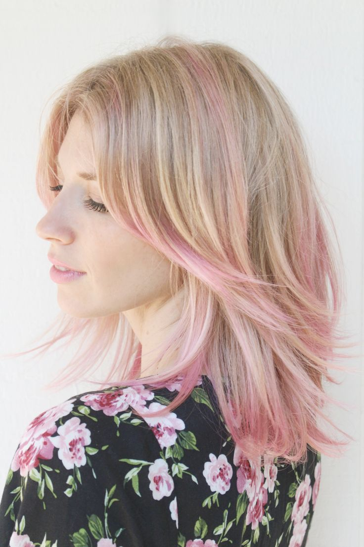 Brooke White Pink Hair: How to achieve this look on Thegirlswithglasses.com #hair #beauty