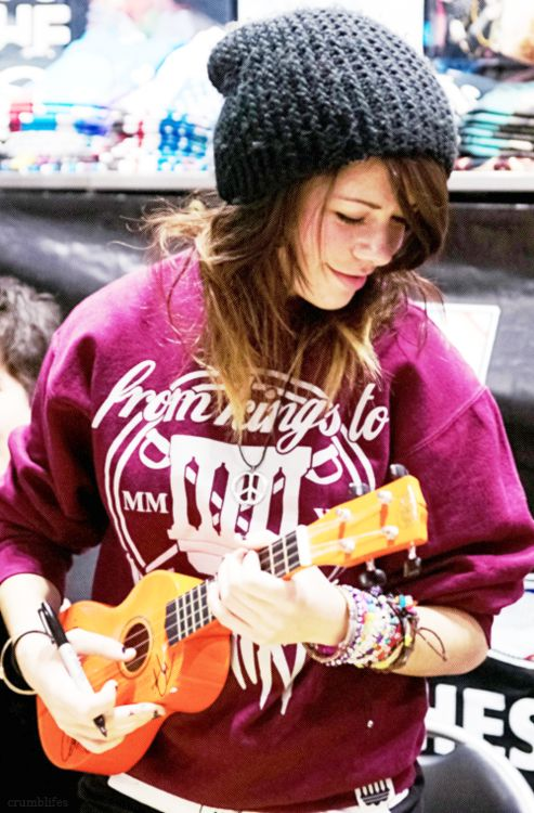 Taylor Jardine (love her beanie)