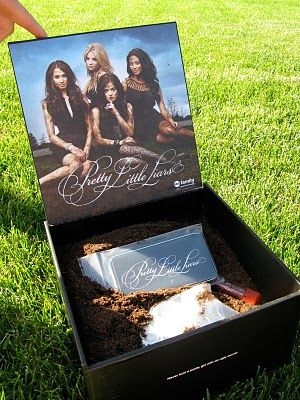 Pop Culture Junkie: Pretty Little Liars Secret Keepers Game Recap