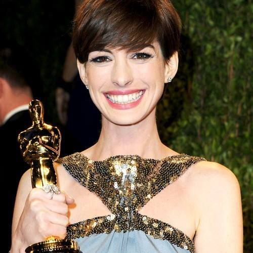 Anne Hathaway People: 14 Best Images About Anne Hathaway On Pinterest