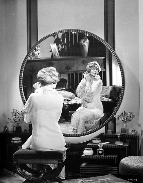 Look at the size of that mirror! Dorothy Mackaill