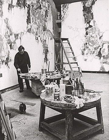 Sam Francis in his Paris studio, 1958. Smithsonian
