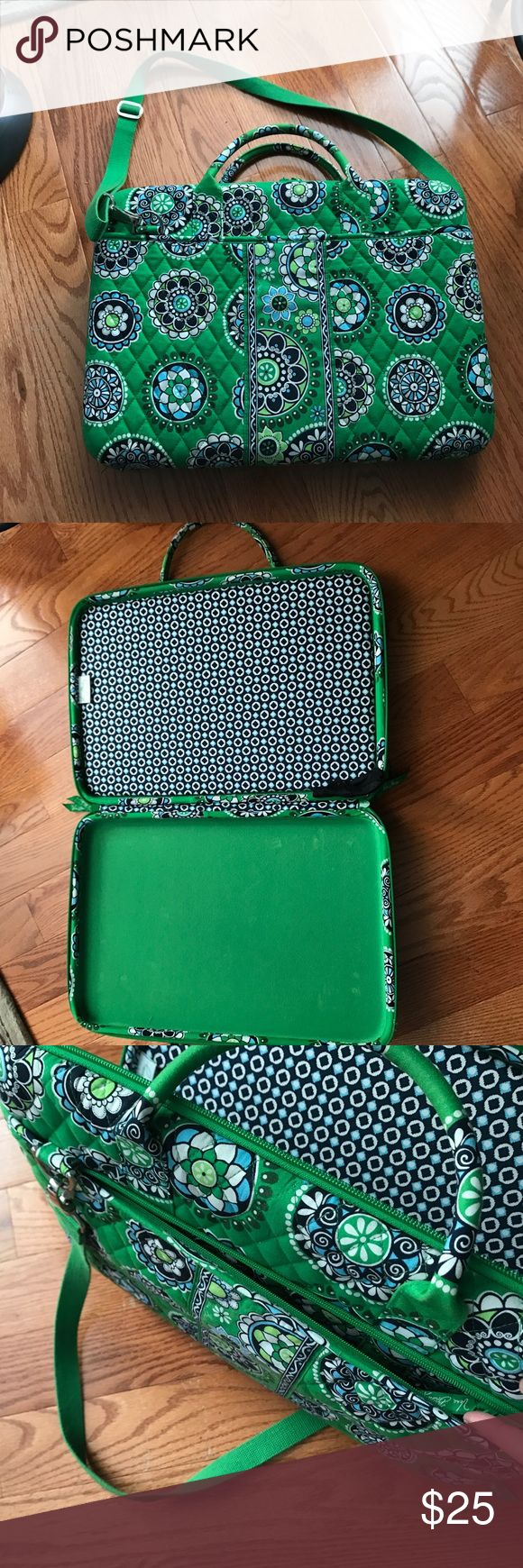 """Vera Bradley Laptop case Green Vera Bradley laptop case. Great condition. Handle strap & adjustable shoulder strap! Two side pockets on the outside. Fits 15"""" laptop and smaller. Willing to negotiate the price :) Vera Bradley Bags Laptop Bags"""