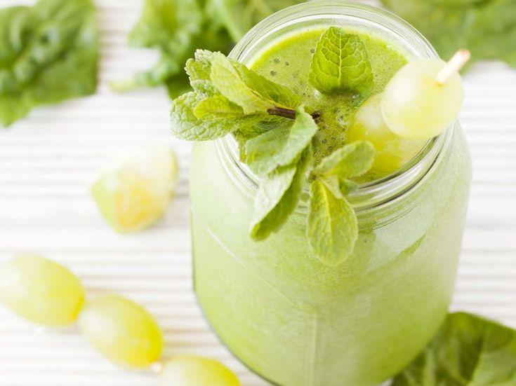 Découvrez la recette Smoothie anti cellulite sur cuisineactuelle.fr.