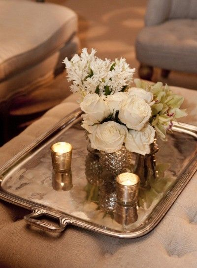 Arranjos de flores para casamento são uma ótima forma de decorar. Veja arranjos com flores amarelas e flores vermelhas para casamento simples e sofisticado.