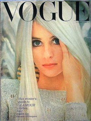 Vintage Vogue magazine covers - mylusciouslife.com - Vintage Vogue UK October 1966.jpg
