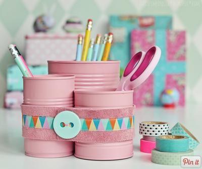 Sehe dir das Foto von Mariechen848 mit dem Titel Schöne Idee um die Schreibtischutnsilien in den Lieblingsfarben zu verstauen. und andere inspirierende Bilder auf Spaaz.de an.