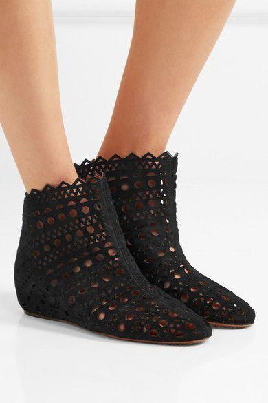 Alaïa - Laser-cut Suede Wedge Ankle Boots - Black - IT37.5