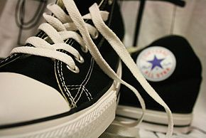 Clean Converse Shoes Using a Magic Eraser - wikiHow