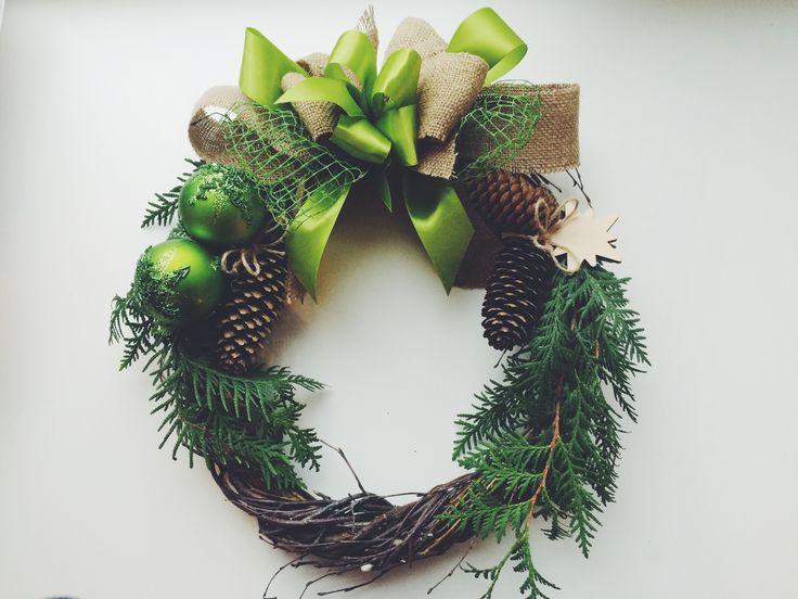 Сказочный праздник ждет каждого из нас. Обожаю венки, они воплощают в себе истинно праздничное настроение, волшебство сказки и чудес. А это моя новая рождественская работа. ❄️ #новыйгод #рождество #своимируками #подарки #handmade #christmas handmade. Новогодний венок - новогодний венок,рождество,подарок,украшение дома,венок на дверь. Winter wonderland Christmas wreath #Christmas #ChristmasWreath by lana koko