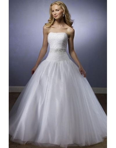 233 best bridal gowns images on pinterest wedding frocks for Where to sell wedding dress near me
