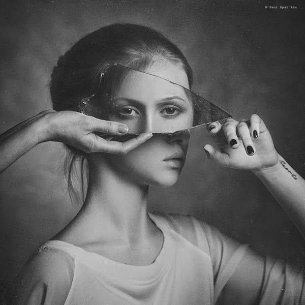 Used, black and white, love, mirror, hair, portrait, face, portrait photo shoot