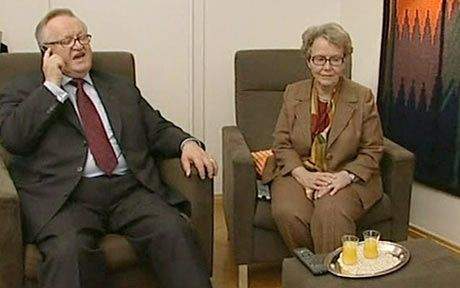 Finland's former president Martti Ahtisaari at home with his wife Eeva Ahtisaari as he is told that he has received the Nobel Peace Prize. *** Eeva Ahtisaari's birthday 18 June (1936) *** http://fi.wikipedia.org/wiki/Eeva_Ahtisaari