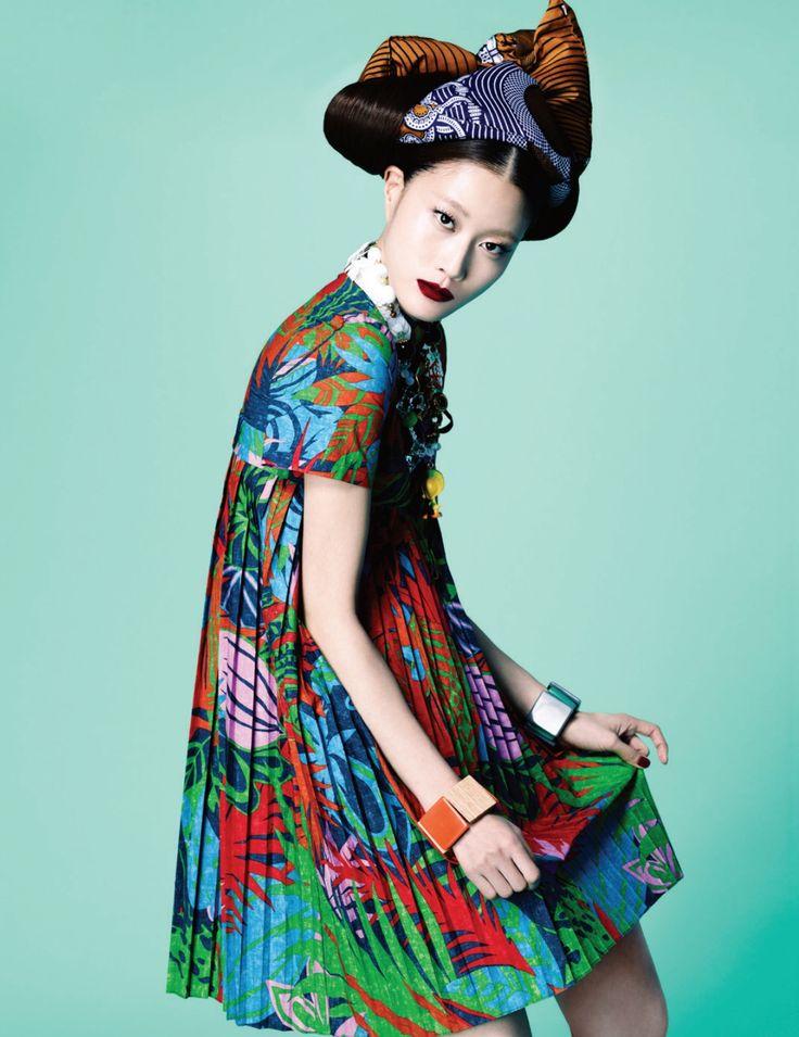李炫易洪張鉉為時尚芭莎  Fashionalitte