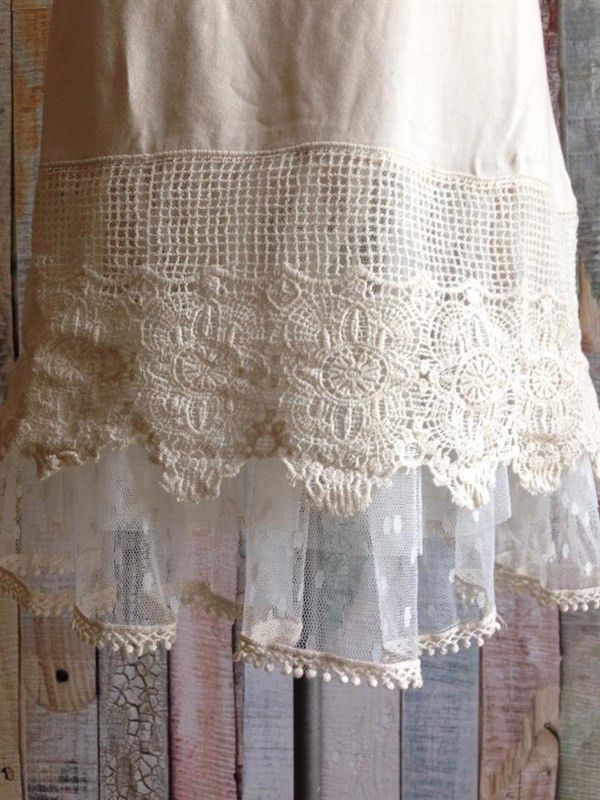 *BEST SELLER* This chic dress extender adds a little bit extra to any dress or is amazing on its own. This soft cotton dress extender/slip features a 3 tiered lace hem with crochet detail. Non Sheer.