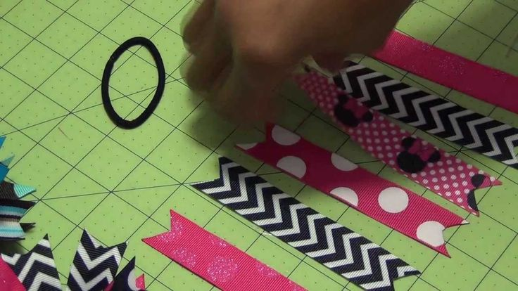 Cute tutorial. Want to make these for Mady's soccer team.