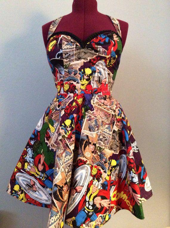 Robe Comic Marvel par FashionablyGeeky247 sur Etsy C'est la robe de mes rêves