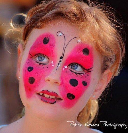 borboleta-fantasia-de-ultima-hora_mais-de-50-ideias-para-pintura-facial-infantil