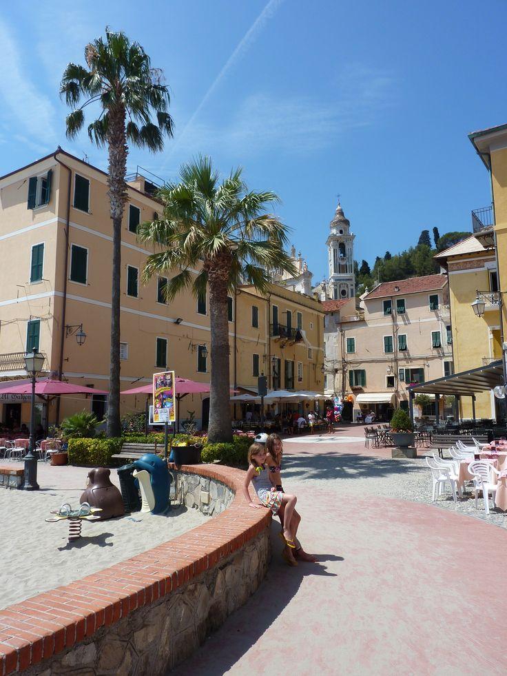 Laigueglia square